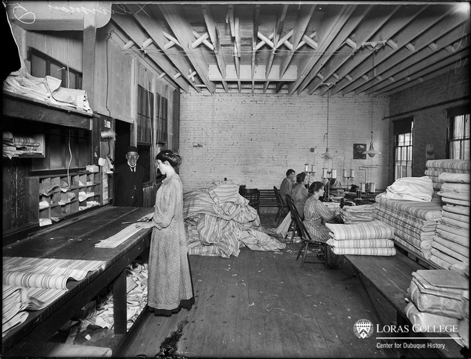 Dubuque Mattress Factory, 1912