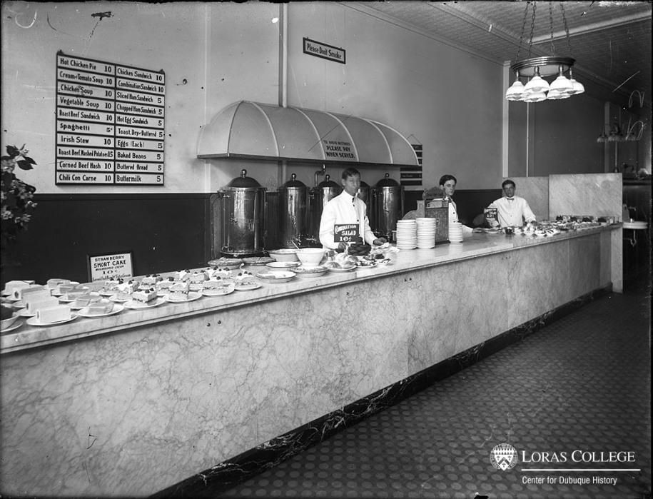 Café, 1912