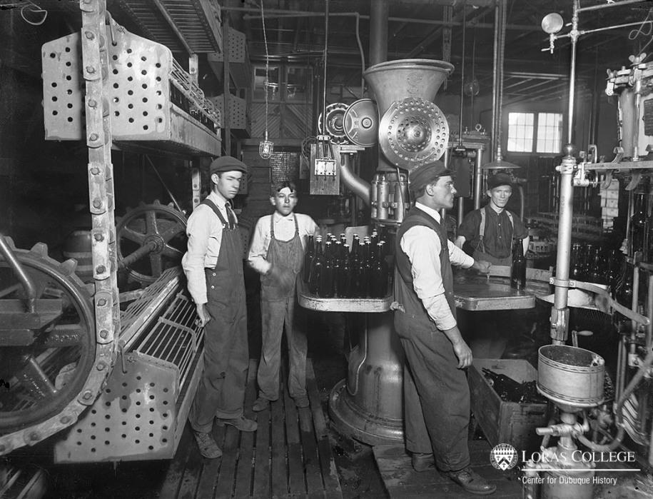 Dubuque Brewing & Malting Co., 1912
