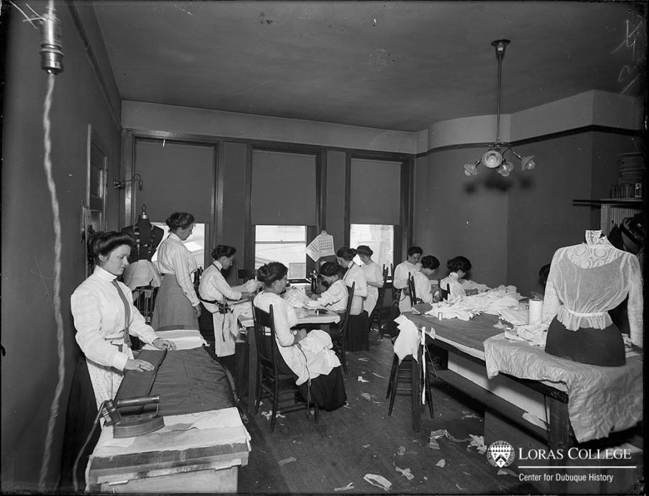 Seamstresses, B&I Building, 1912