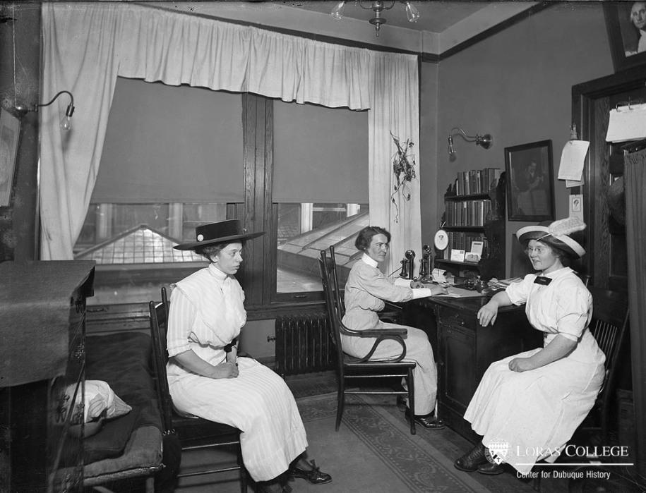Nurse's office, B&I Building, 1912