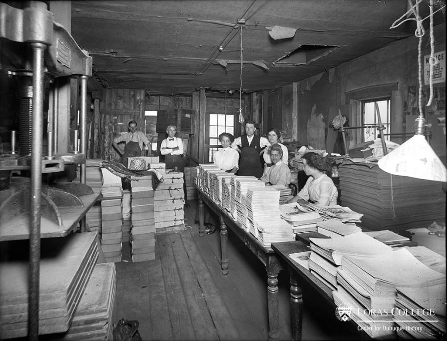 Mail room, Telegraph Herald, 1912