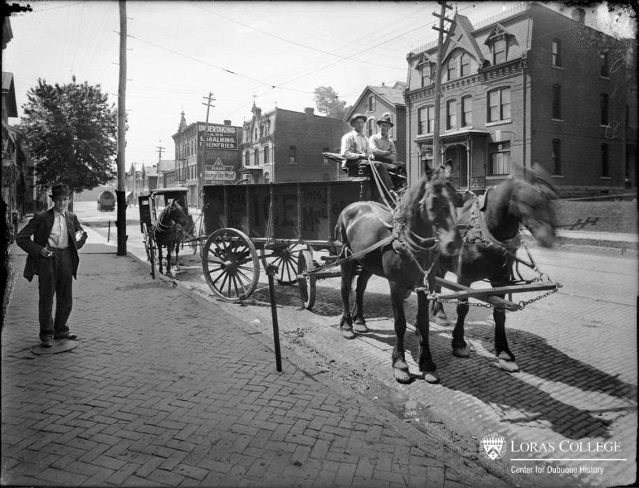 Thomas J. Mulgrew Co. ice wagon, 1912