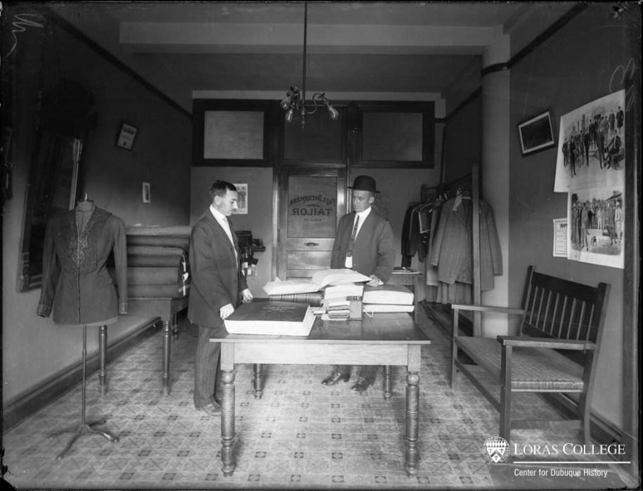 Fred Doerrmann, Tailor, B&I Building, 1912