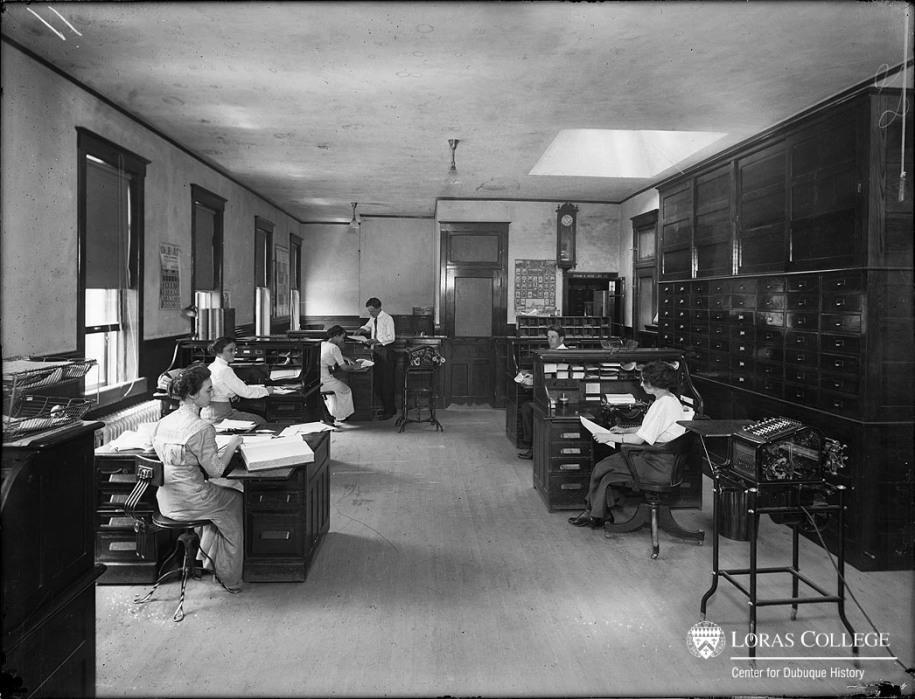 Spahn & Rose Lumber Co., office, 1912