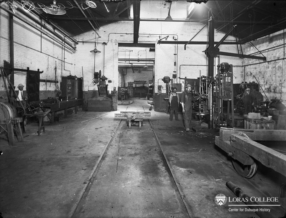 Union Electric street car barn, 1912