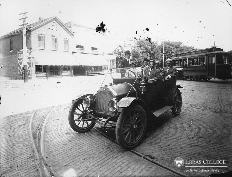 Car in front of Union Electric barn, 1912